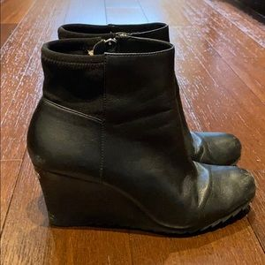 Michael Kors black wedged booties shoes size 8